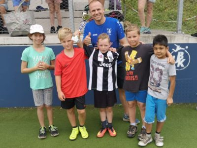 Fussball-Schnuppertag: Volksschüler zu Gast in UBK-Arena