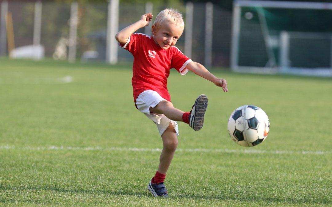 Talente bei Schnuppertagen: Auf zu den Fußball-Bambinis