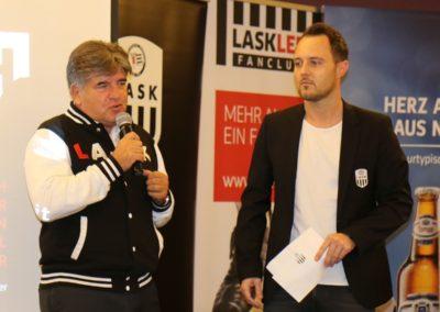 Lask Stammtisch Laskler Präsident Walter Entholzer Moderator Georg Hochedlinger (Foto UBK)